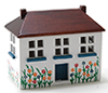 CLA10668 - Doll's Dollhouse