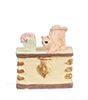 AZMA9211 - Mini White Trunk W/Cat