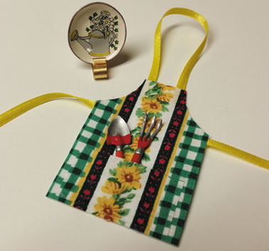 Garden Apron with CDD & Stand