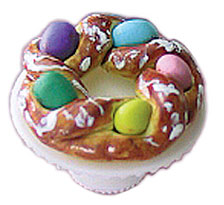 CAR0899 - Easter Bread Ring On Stand