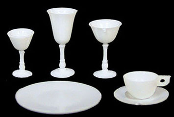 CB99/110W - 4 Place White Dishes/Stemware Kit, 24 pc